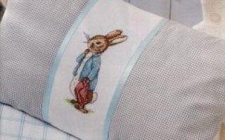 Схема вышивки Зайца на подушке