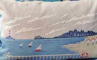 Схема вышивки кораблей на подушке