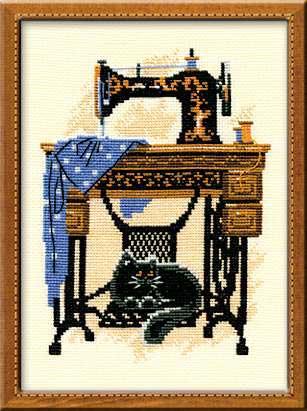 Схема для вышивки крестиком и бисером от Mill Hill: Petunia Quilted Cats Стильная схема для вышивания. В оригинале используется используется перфорированная бумага, которую вы можете заменить на пластиковую канву, а также нитки мулине DMC. Скачать схемы бесплатно можно кликнув на картинки расположенные ниже и сохранить их к себе на компьютер.