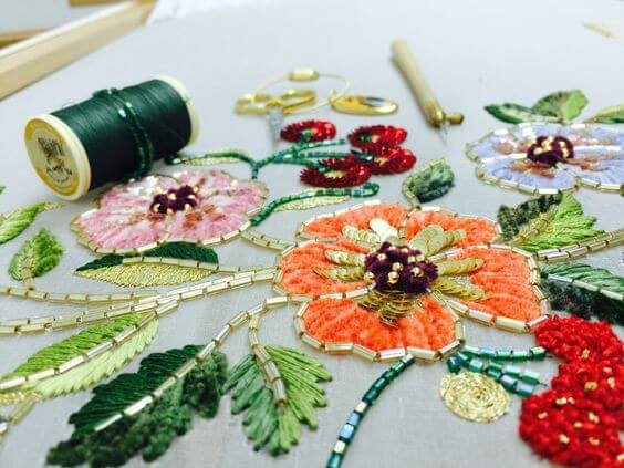 Люневильская вышивка бисером