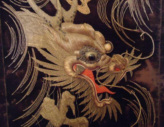 дракон китайская вышивка
