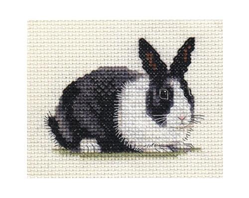 Схема вышивки зайцев крестиком