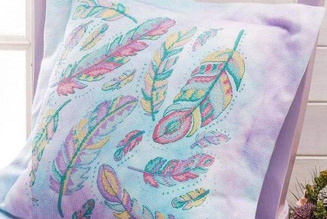 схема вышивки перьев